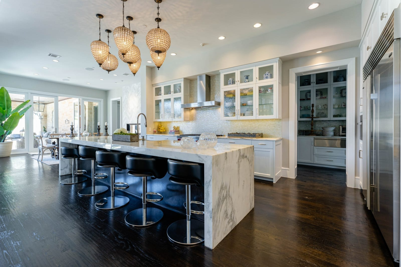 transitional modern style home designed by home builders in Dallas Texas 20 - Millennial Design + Build